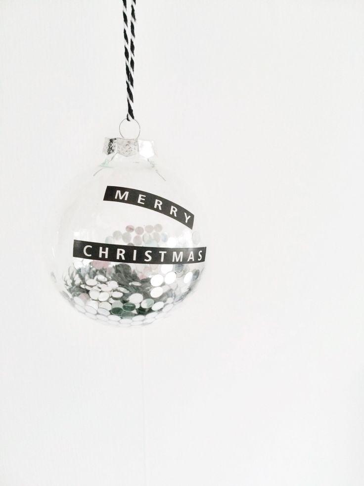 новогодние шары with paper confetti inside