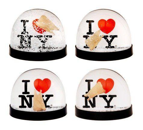 Подборка снежных шаров I (Heart) NY Snowglobe by Andrew Coates