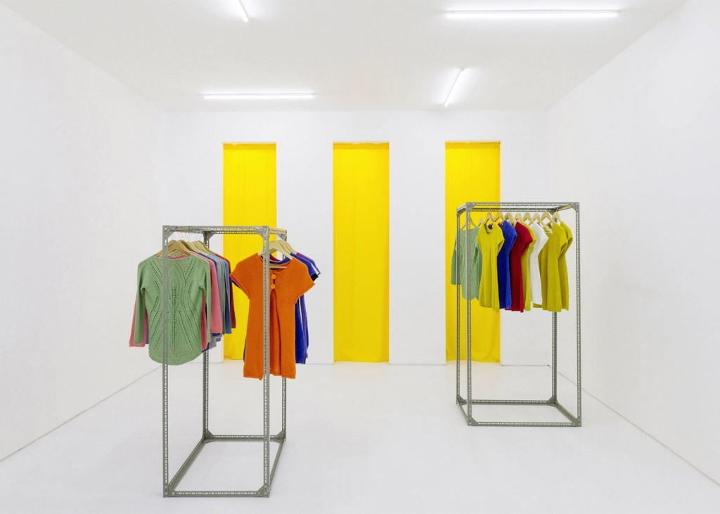Flagship-store_Fala-Atelier_dezeen_1568_4