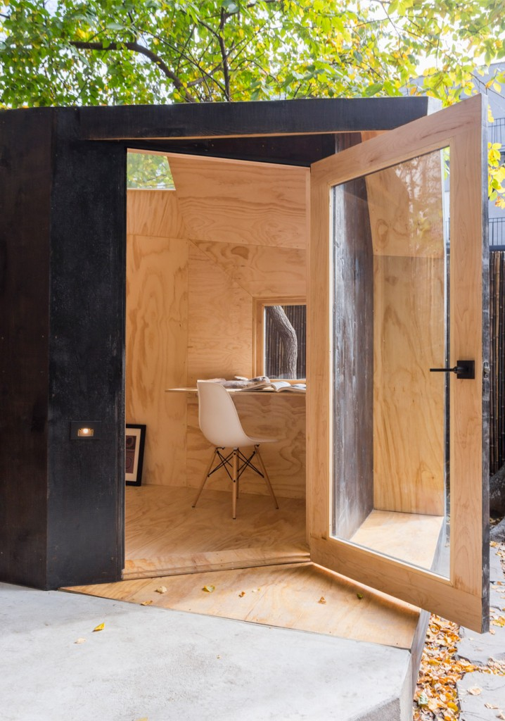 Brooklyn-Writers-Hut_Architensions_New-York_USA_dezeen_936_5