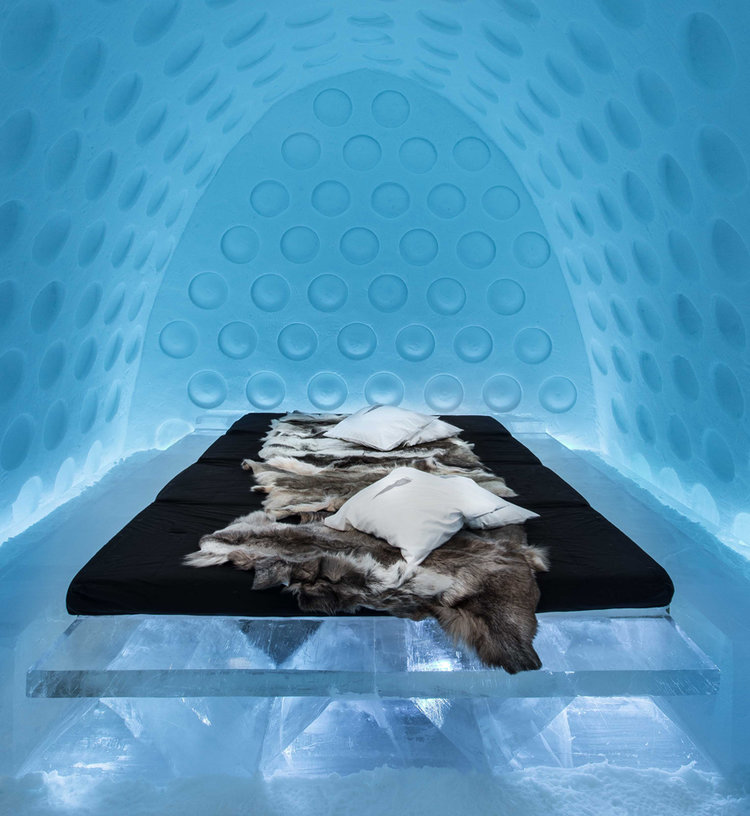 Under-the-Arctic-Skin-Suite-Rob-Harding-Timsam-Harding-Asaf-Kliger_dezeen_936